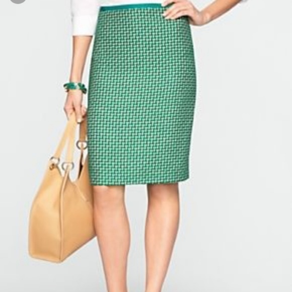 57f2a28373 Talbots Green Tweed Pencil Skirt. M_5a8a65919d20f0c430e23c06